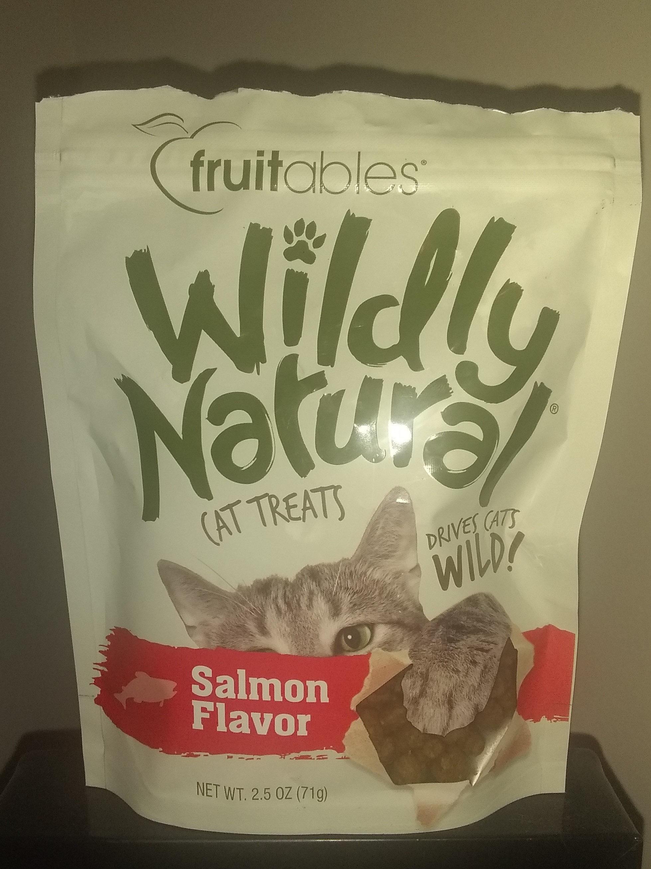 Wildly Natural Cat Treats - Product - en