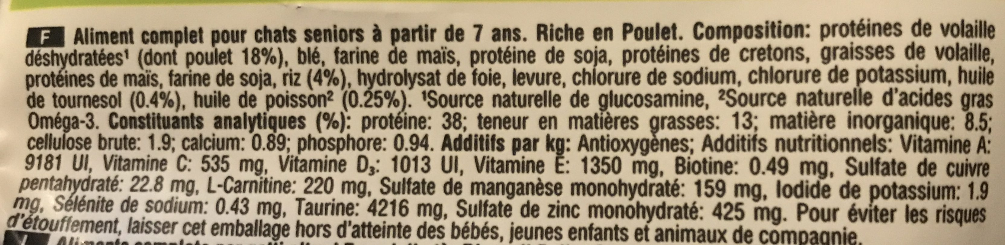 Croquettes Senior 7+ Chats stérilisés Poulet - Nutrition facts