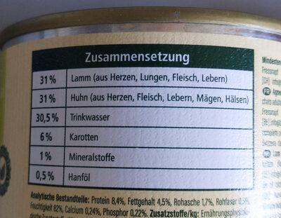 Lamm und Huhn mit Karotten und Hanföl - Ingredients - de
