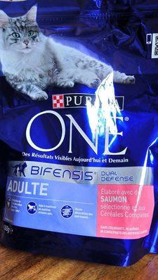 Croquettes pour chats adultes, au saumon et au riz - Informations nutritionnelles