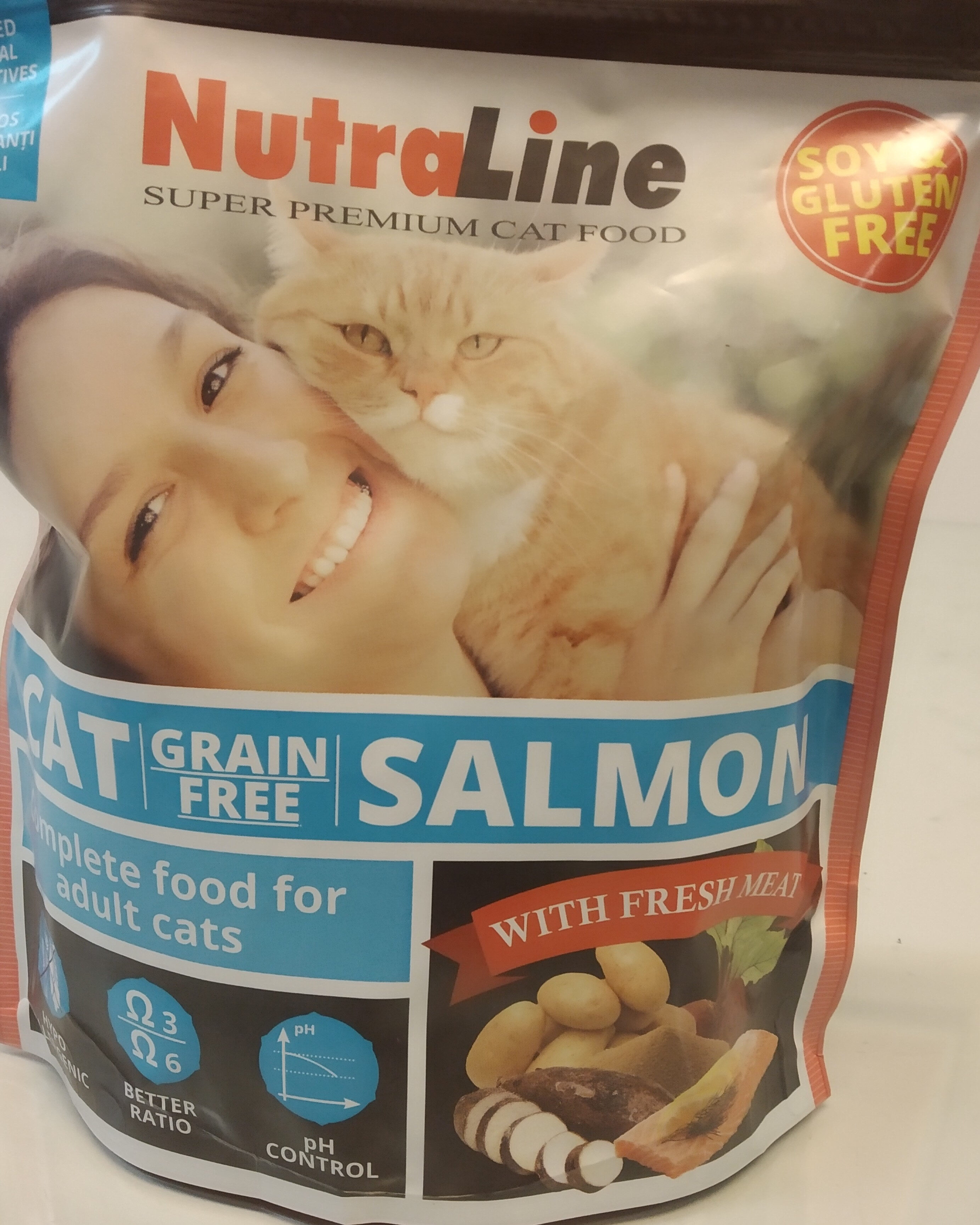 dry cat food - Product