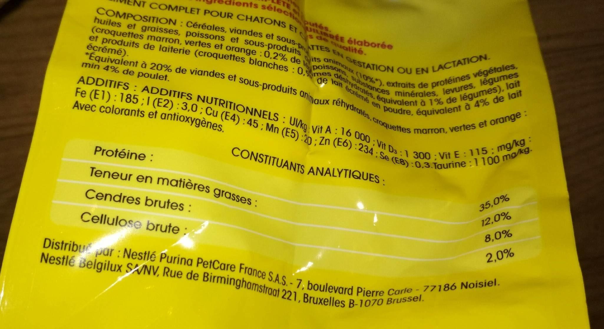 Croq.saumon / Thon Vital Chat 2KG+300G - Nutrition facts - fr