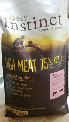 True INSTINCT Natural nutrition High Meat 75% - Product