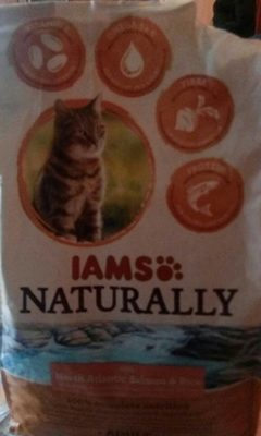 Iams Naturally Adult Cat Salmon and Rice - Product